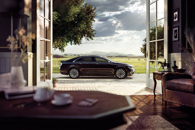 best features of the Lincoln MKZ