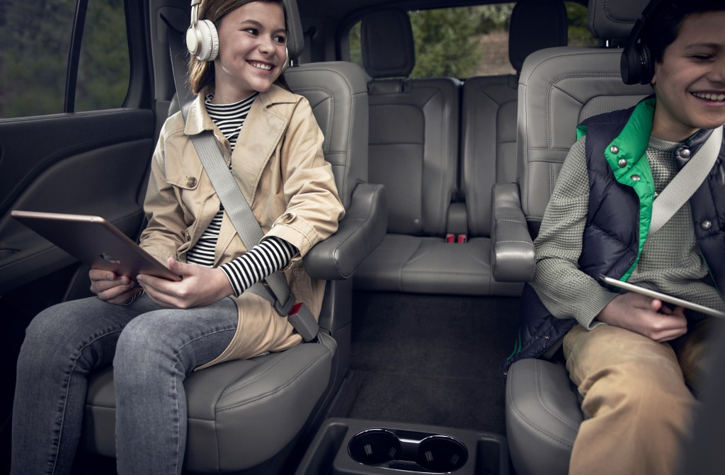 Lincoln Aviator Luxury Family Vehicle of the Year - West Point Lincoln - Houston, TX